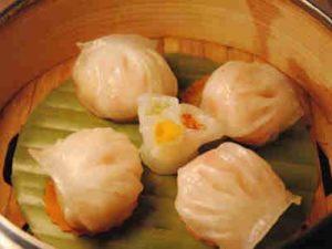 蟹肉鱼翅灌汤饺